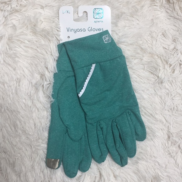 Apana Accessories - NWT Apana Vinyasa Gloves